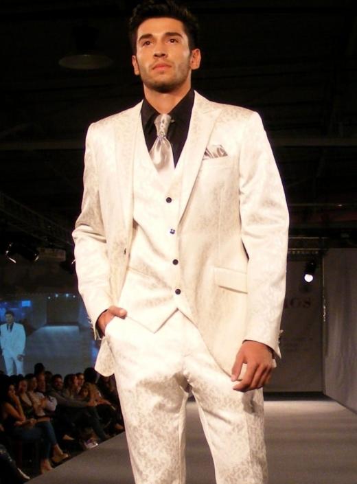 Trajes de Ceremonia trapeado blanco hueso, Jose Zaragoza - Novios