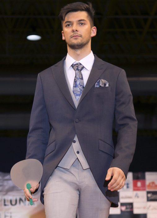 Traje Frac bicolor azul/gris y complementos ceremonia, Jose Zaragoza - Novios 2018